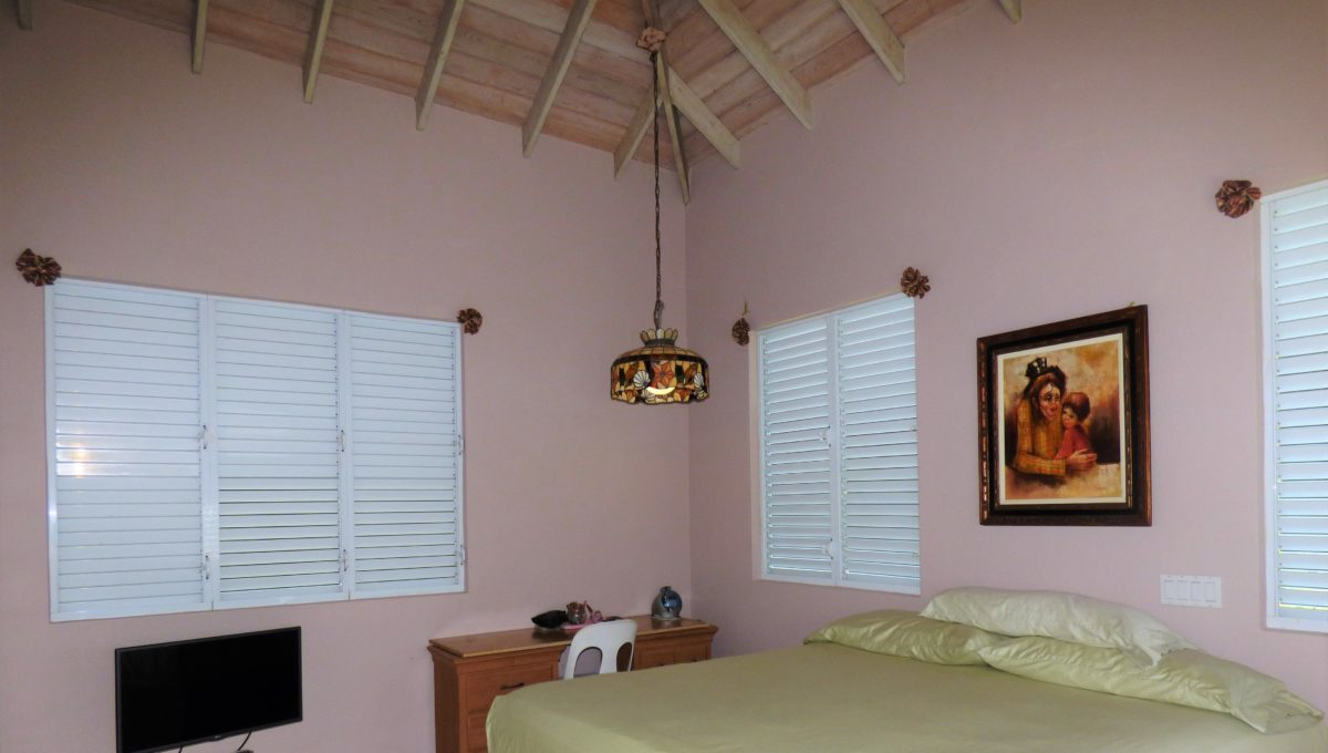 15-Master-Bedroom-1