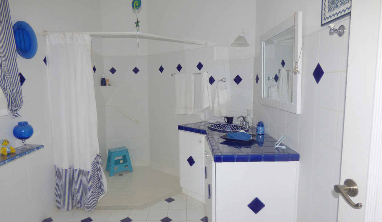 20-Bathroom-2