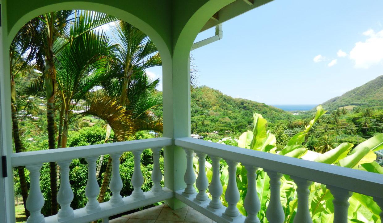 26-bedroom-3-patio-view