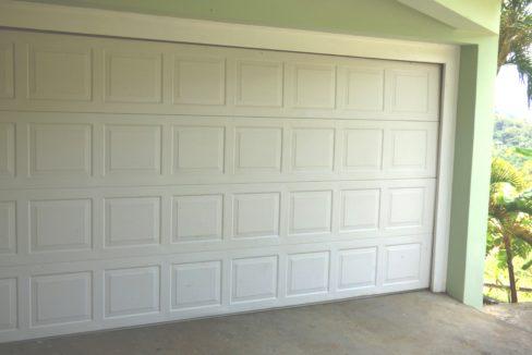 3-garage-2-car-electric-door