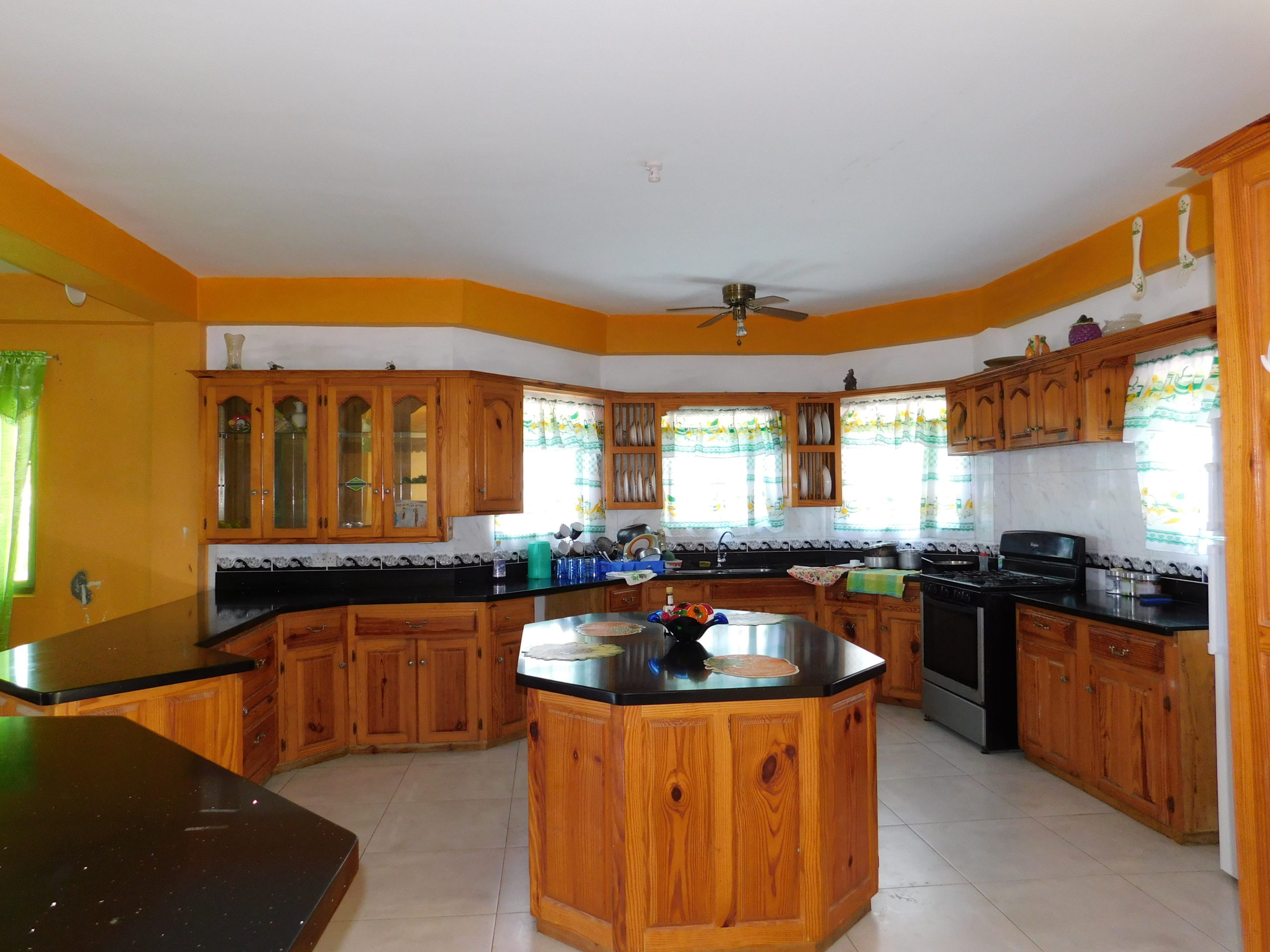 Apartment for Rent- Argyle