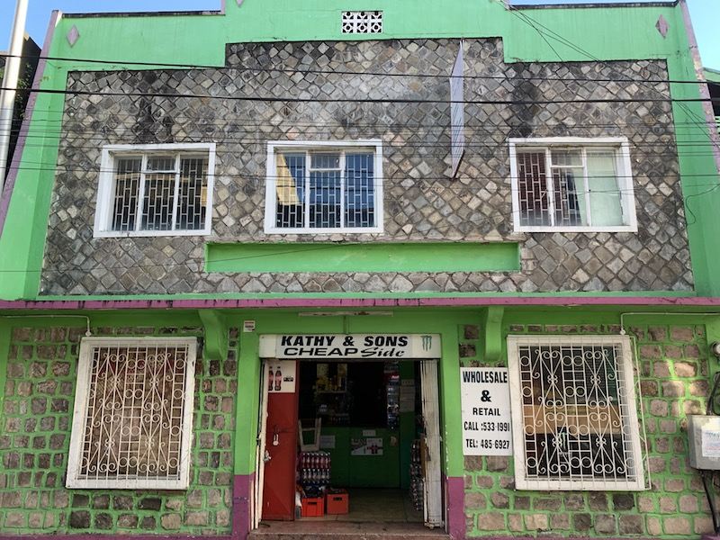 FOR SALE – COMMERCIAL PROPERTY IN KINGSTOWN
