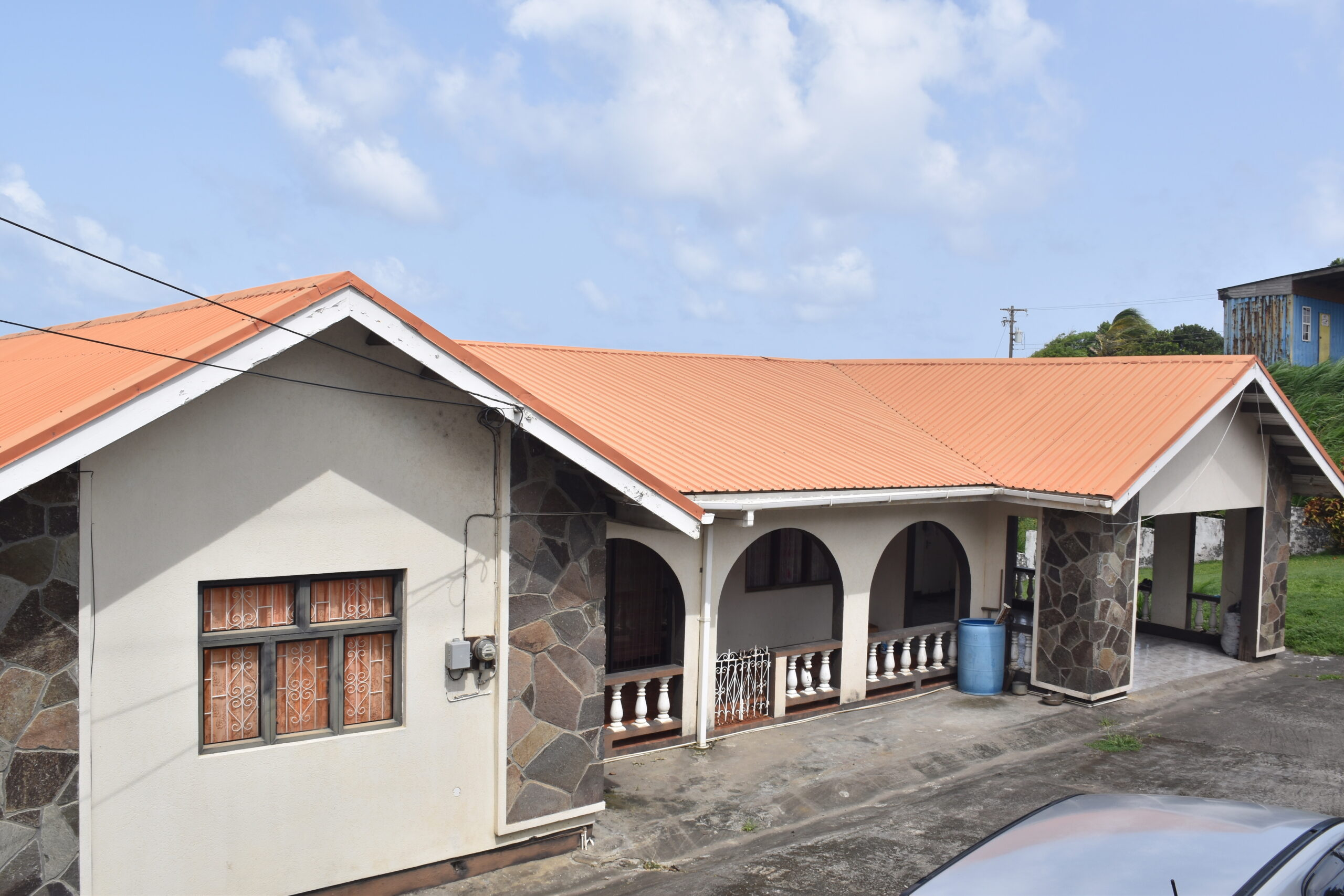 FOR SALE: RESIDENTIAL PROPERTY AT MT. PLEASANT